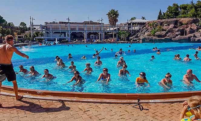 Camping argeles sur mer vacances camping caravaning for Camping pyrenees atlantique avec piscine