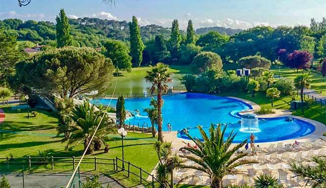 Camping bidart vacances camping location mobil home - Camping pays basque avec piscine ...